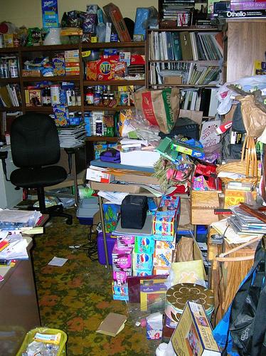 Clutter | Fearless Fat Loss