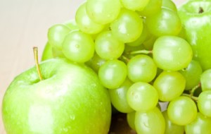 Green Apple and Grapes | FearlessFatLoss.com